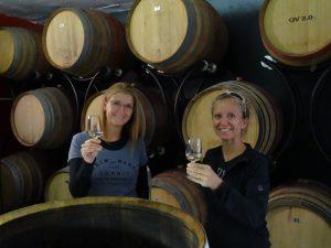 La vigneronne - Charlotte (à droite) avec sa soeur